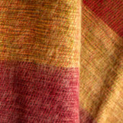 Écharpe en laine de Yak rayé rouge (180 x 30 cm)1
