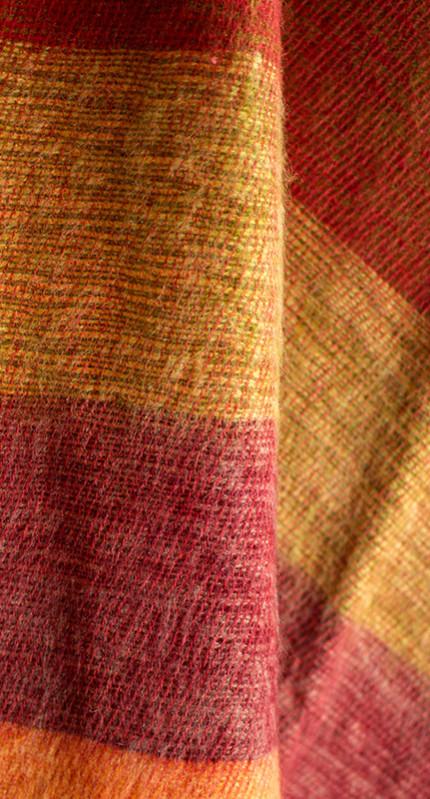 Écharpe en laine de Yak rayé rouge (180 x 30 cm)