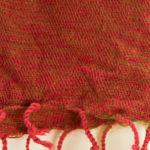 Écharpe en laine de Yak rayé rouge (180 x 30 cm)2