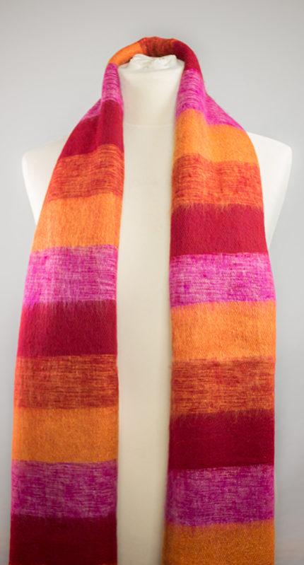 Châles de laine rouge, jaune, rose (180 x 80 cm)