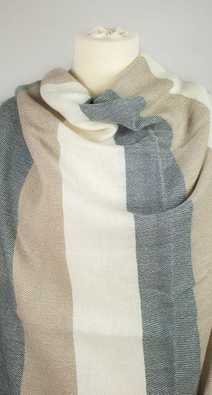 Laine tissus crème rayé gris (180 x 80 cm) -commander en ligne | Shawls4you.fr |
