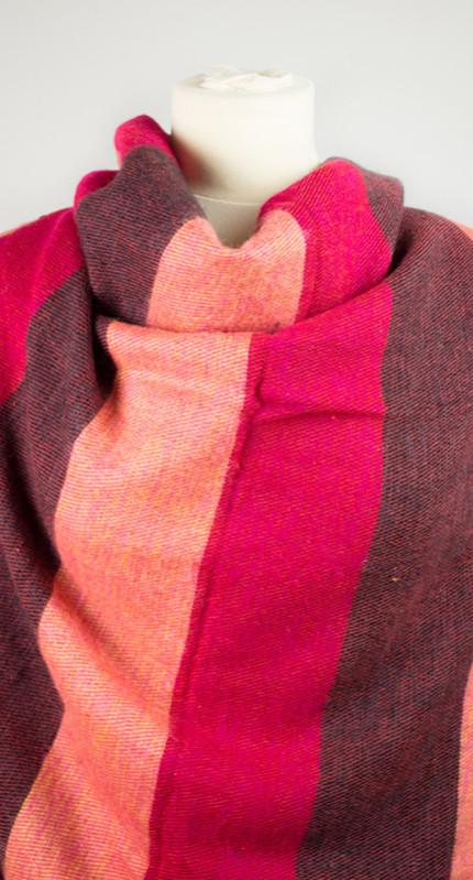 Rose, wrap rayé rouge (180 x 80 cm)