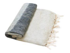 Népal Plaid rayé gris anthracite crème- Commande en ligne - Shawls4you.fr
